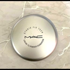 MAC Fix Tech Cream to Powder Foundation USED ONCE